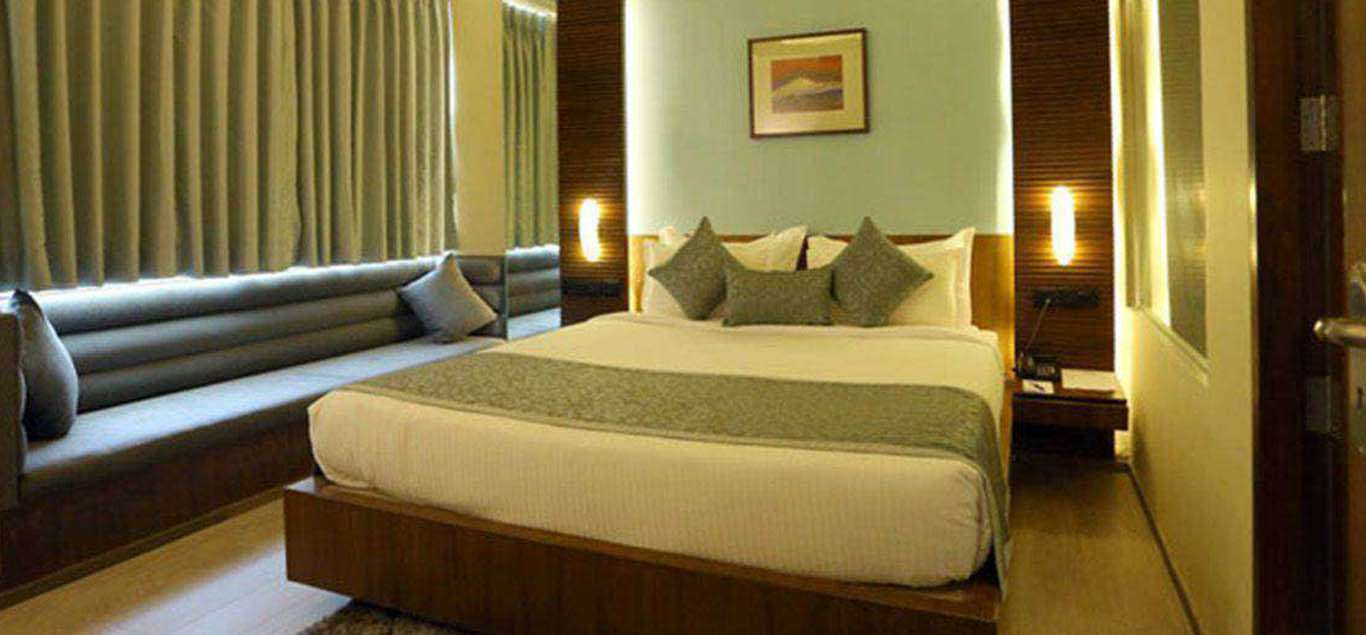 Hotels in kolkata