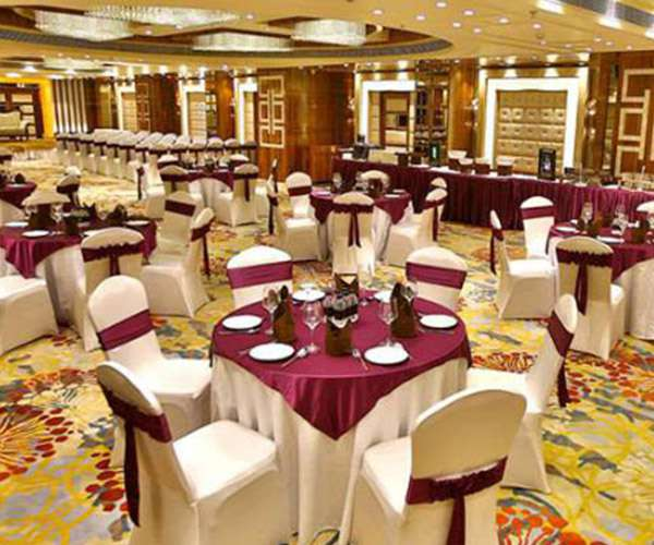 Regenta Central The Crystal, Kanpur-Meeting & Events